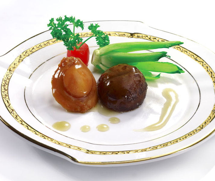Braised-Baby-Abalone-with-Superior-Oyster-Sauce
