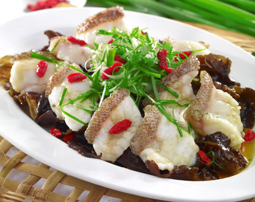 Steamed Garoupa Fillet with Black Fungus
